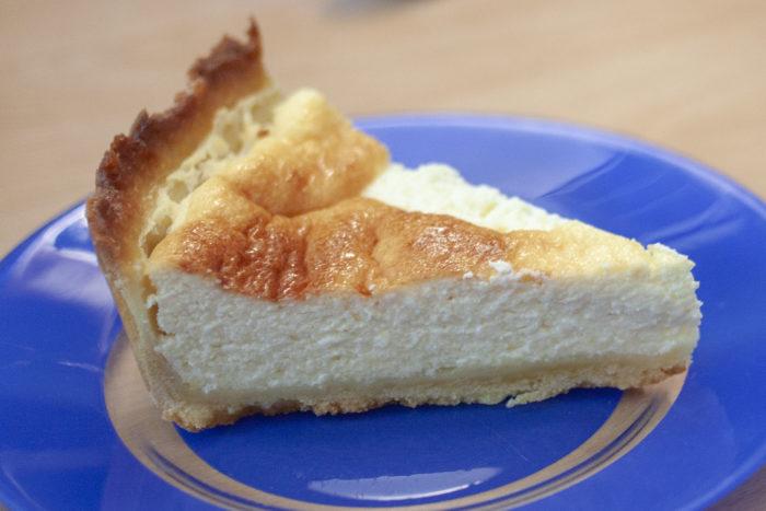 Tranche de tarte au fromage blanc