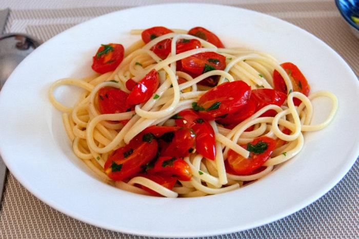 tomates à la colatura di alici