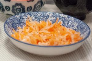 daikon et carottes en salade