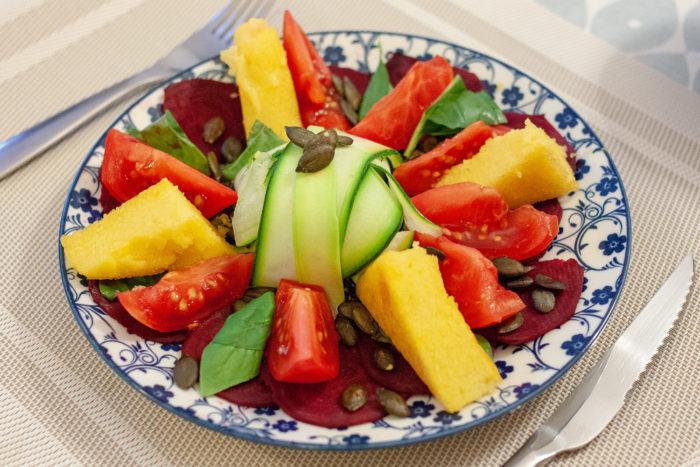 salade à la polenta grillée